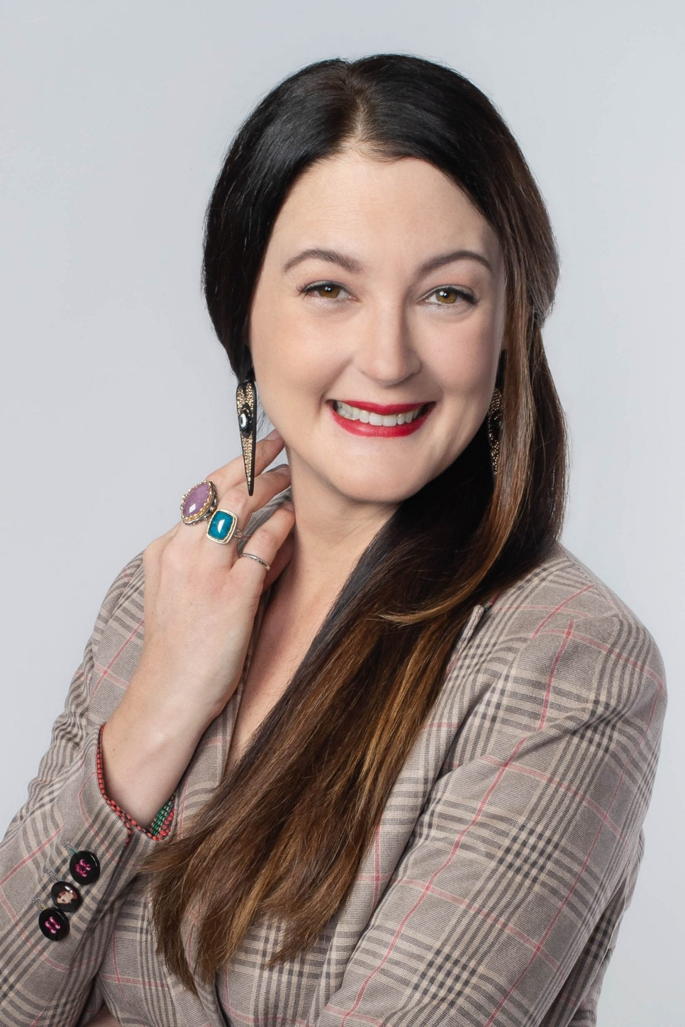 Lisa Marie Armstrong - sustainable stylist & mindset shifter